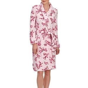 Women's Laura Ashley Floral Robe Large